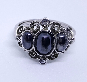 Avon Midnight Splendor Hematite Ring, 1970's, Size 9