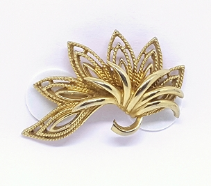 1970s Gold Tone Mixed Texture Brooch