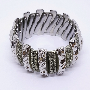 Harwood Leading Lady Expansion Bracelet